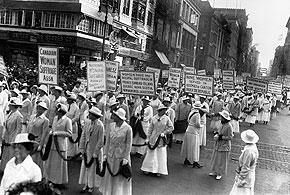 Défilé de suffragettes, New York1915�� Bettmann/CORBIS