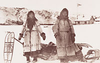 Gwich'in women near Rampart House, Yukon, on the border between Alaska and Canada